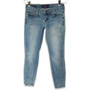 Lucky Brand Charlie Pencil Capri lightwash jeans